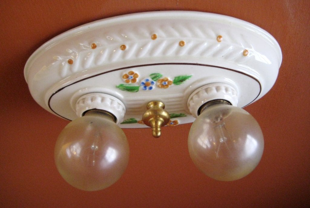 1930s Porcelier porcelain light. Bath Kitchen Bedroom.