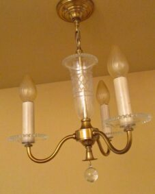 Circa-1950 foyer/bedroom/bath chandelier by Framburg