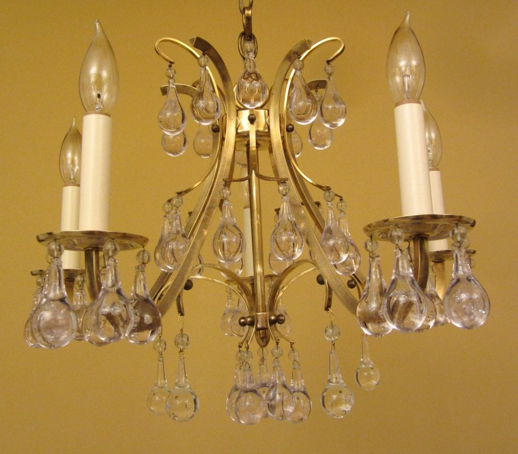 High-quality Mid-Century chandelier. Extraordinary Glass.