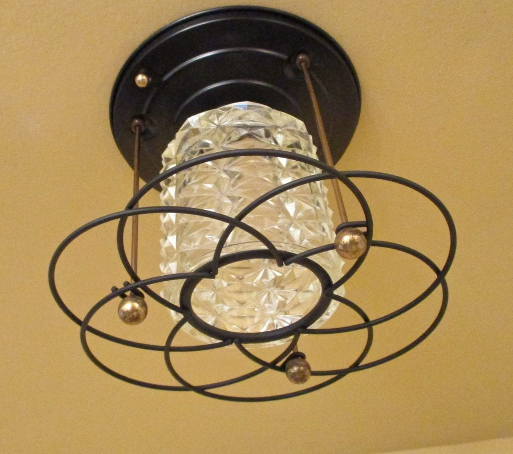 Mid-Century Hollywood-Regency foyer fixture. More Available