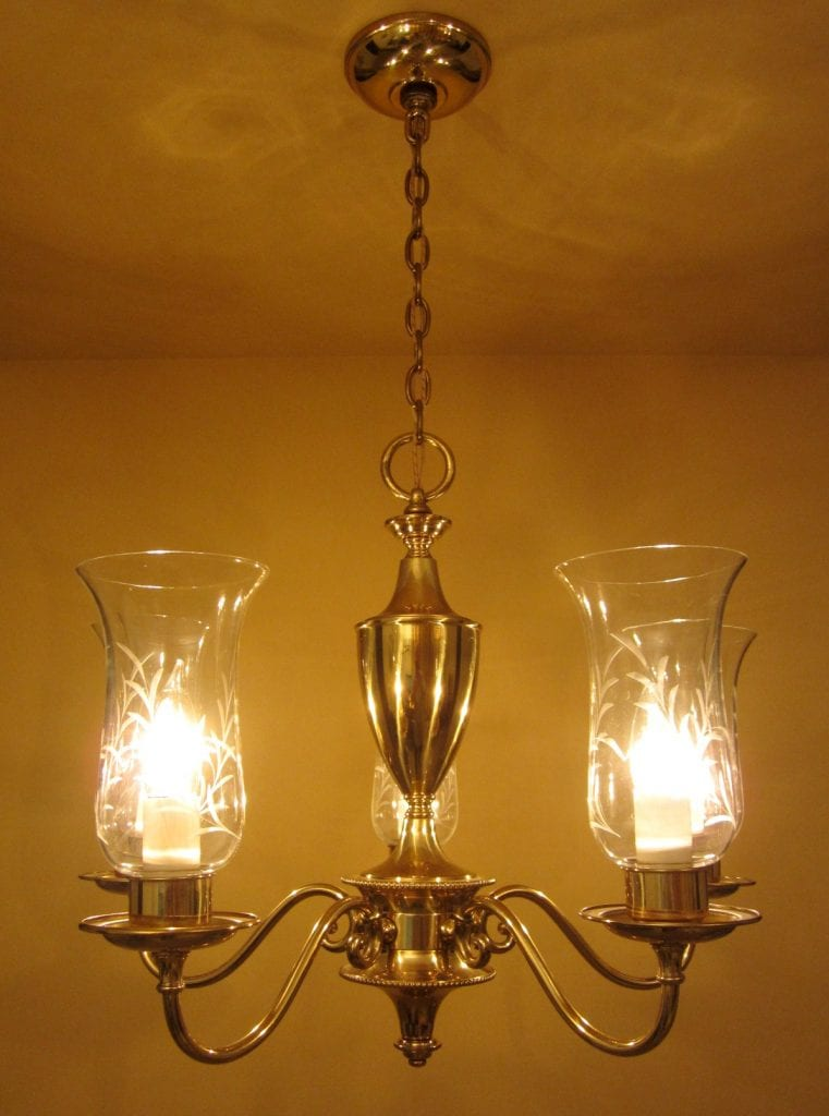 1950s Colonial Style Chandelier By Framburg